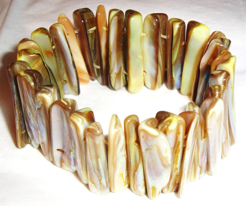 Vintage Mother-of-Pearl Stretch Bracelet ~ iridescent earth-tone colors
