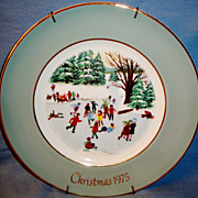 SALE Avon's Christmas Plate for 1975 ~ &quot;Skaters on the Pond&quot; WEDGWOOD Designed Exclu
