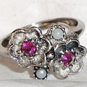 SALE Avon 1974 �Rosegay� Flowers Rhodium Plated Ring ~ Size 10 ~ rose stone centers ~ antique