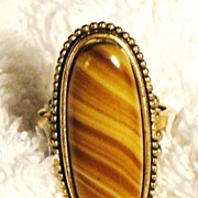 SALE Signed Vintage Avon �Shimmering Sands Ring� ~ Size 6-7 ~ agate stripes in sand shades ~ n
