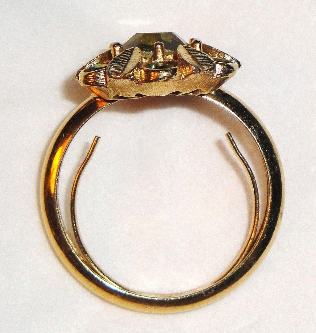 Wedding Ring Adjuster - Weddingsrings.net