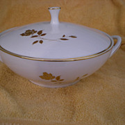Noritake China Tudor Rose #6658 Round Covered Vegetable Serving Dish
