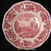 Wedgwood Royal Homes of Britain, Red Transfer Pattern, 6 Dinner Plates