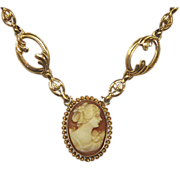 Vintage 10k Cameo Necklace c1940s