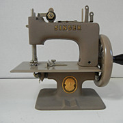 Vintage Child's Singer Sewing Machine