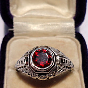 REDUCED Beautiful Art Deco 18K Gold Filigree Faceted Garnet Ring