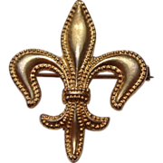 Vintage Gold Tone Metal Beaded Fleur d Lis Watch Pin Brooch