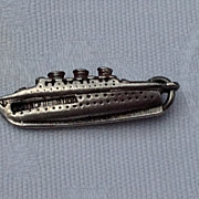 Vintage Sterling SIlver & Enamel Queen Of Bermuda Sailing Ship