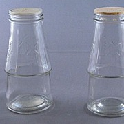 Vintage Pressed Clear Glass Shakers With Windmill Design