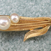 Golden simulated Pearl Pin-Roma