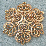 Golden Trifari Pin