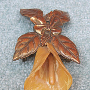 Vintage Pomerantz Lily Pin