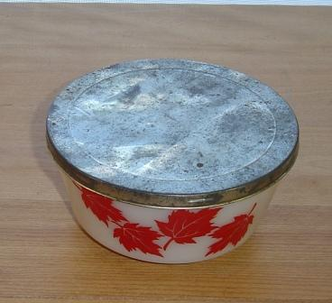 Hazel Atlas:  Leaf Bowl with Tin Lid