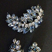 Vintage Signed Sherman Shades of Blue Demi Parure Brooch & Earring Set
