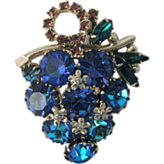 Vintage Signed WEISS Rhinestone Grape Bunch Brooch