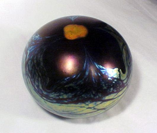Paperweight  Art Glass Signed Fellerman