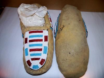 American Indian Beaded Moccasins,Oaklahoma Prairie Tribe