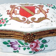Antique French Porcelain Box : Lion Crest