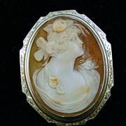 White Gold Cameo Lady Flowers In Hand