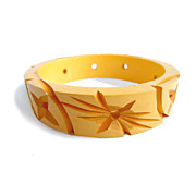 Vintage Deep Cut Star Burst Pierced Creamed Corn Bakelite Bangle Bracelet