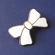 Art Deco White Enamel Bow Brooch