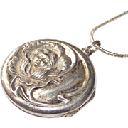 Art Nouveau Lady Locket  Sterling with 925 Chain