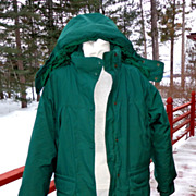 Vintage Eddie Bauer Women�s Goose Down Filled Parka. Large. Green. As New Condition.