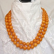 Bakelite Necklace. 50� Long Butterscotch Swirl! INCREDIBLE! Mint condition!