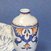 TIFFANY.  Vase.  Hand painted in France.  Country chic! Mint condition.