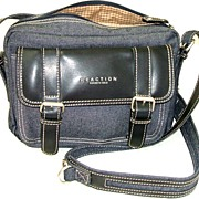 Vintage KENNETH COLE Crossbody Denim & Leather �Reaction� Purse.  As New condition!
