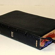 Book of COMMON PRAYER + Hymn Book. Canada.  Genuine Morocco leather! All gilt edges.  Mint con