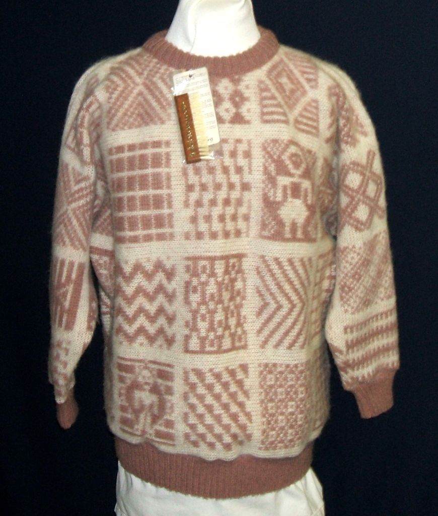 Vintage Alafoss of Iceland 100% Wool Sweater.  Icelandic designs. Deep rose & white.  NWT!