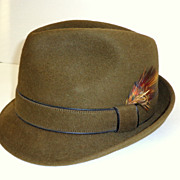 Mans Snap Brim Fedora Hat.  Olive Green Velour / Fur Felt.  Totally elegant! 1950s - 60s.  