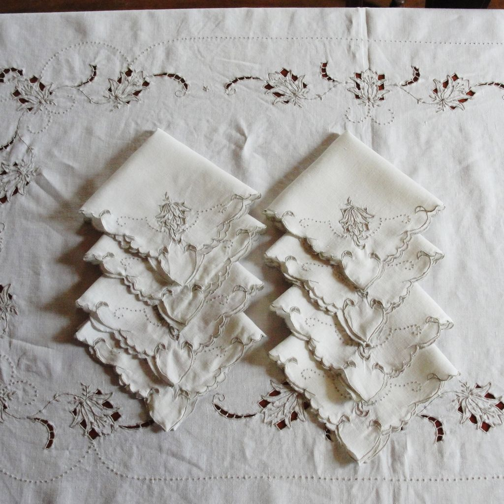 Vintage linen madeira tablecloth 8 napkins from for Glass cut work designs