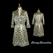 1960's Vintage Madmen heavy brocade evening dress with faux fur