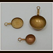 SALE Vintage Doll House Miniatures Copper Skillets Pots x 3 Dollhouse Miniatures
