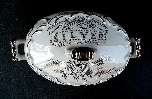 Beautiful NORCREST 25th Silver Anniversary Oval Covered Bowl