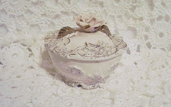 Lovely Vintage Tilso Trinket Box