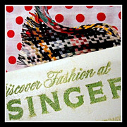 SOLD Vintage Singer Sewing Machines Co. advertisement Needle Book & thread