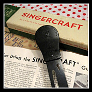 Rare vintage blackside Singercraft Guide No. 2 for Rug making on sewing machine