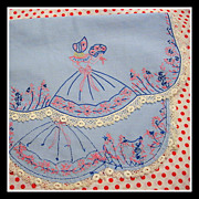 SALE Pretty-in-pink vintage Crinoline Lady Table Runner / Scarf