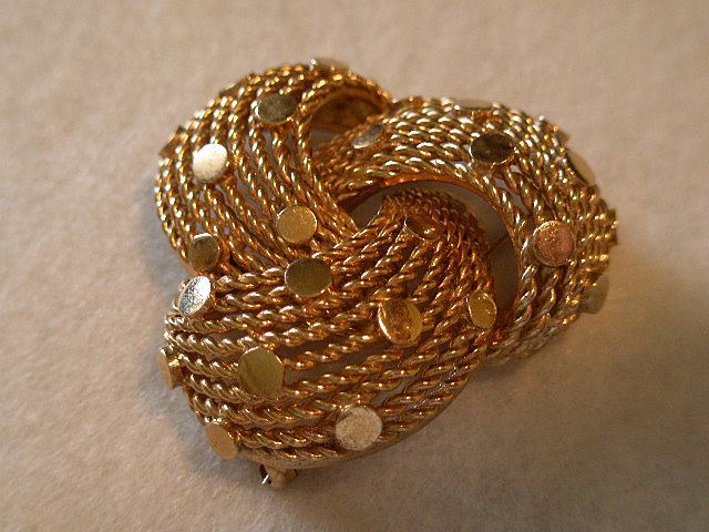 Boucher Gold-Tone Three-Loop Shaped Brooch