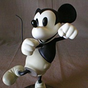 Walt Disney Classic Collection - Mickey Mouse - Bisque Sculpture