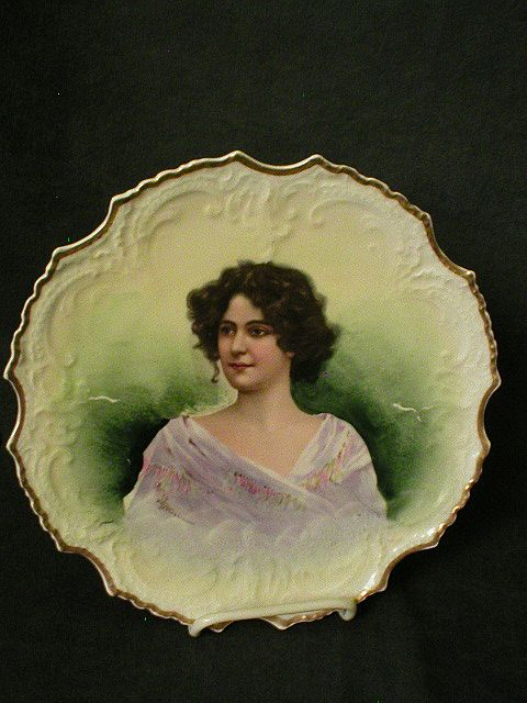French L.R.L. Limoges Hand-Painted Portrait Plate of Beautiful Lady