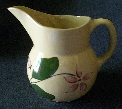 Watt Pottery &quot;#15 - 5 Petal Star Flower&quot; Pattern Pitcher