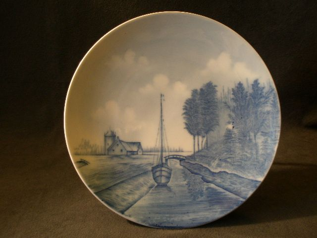 Rosenthal Blue Delft Cabinet Plate w/Dutch Canal Scene