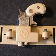 Nichols &quot;Dyna-Mite&quot; Derringer Cap PIstol, Clip and Extra Bullets