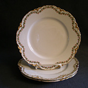 Set of 3 Haviland & Co. Limoges &quot;Clover Leaf&quot; Luncheon Plates, Schleiger #98