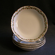 Set of 4 Haviland & Co. Limoges &quot;Clover Leaf&quot; Fruit/Dessert Sauce Bowls, Schleiger #
