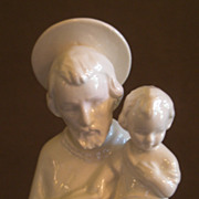 "Goebel White ""St Christopher w/Halo Holding Baby Jesus"" - HF23 - TMK-2 Mark"